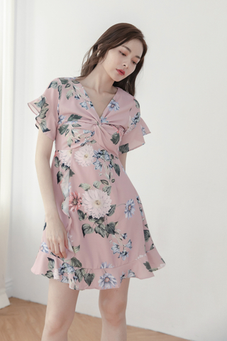 Front Twitted Flora Dress In Pink