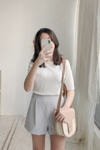Knitted Basic Tee In White