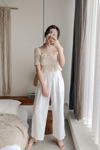Buttoned Wide-leg Pants