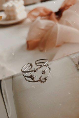 Blinking Star Ring in Silver