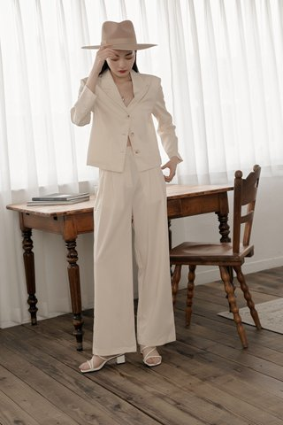 Flosi Wide-Leg Trousers in Cream