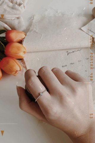 Drop Diamond Ring in Silver
