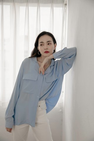 Double Pockets Blouse in Blue