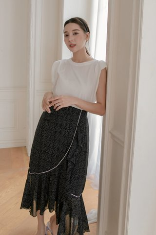 Dotted Frill-hem Wrap Skirt in Black