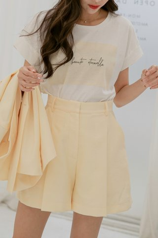 Emily Pleated Bermuda Shorts Yellow