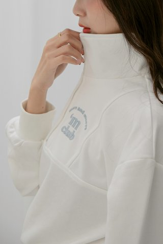 'M Club Pullover Set in White
